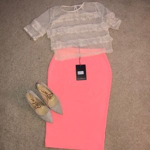 Dresses & Skirts - Misguided Coral knee length skirt